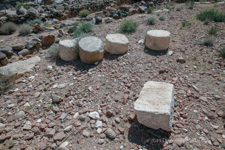 The marble sections at the base of Jabal Maqla. What were these marble pieces used for? Some saw they were the 12 pillars, yet others a shrine by King Solomon and still others Nabatean quarrying.